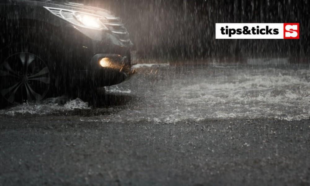 สิ่งควรทำขณะขับรถยามฝนโปรย